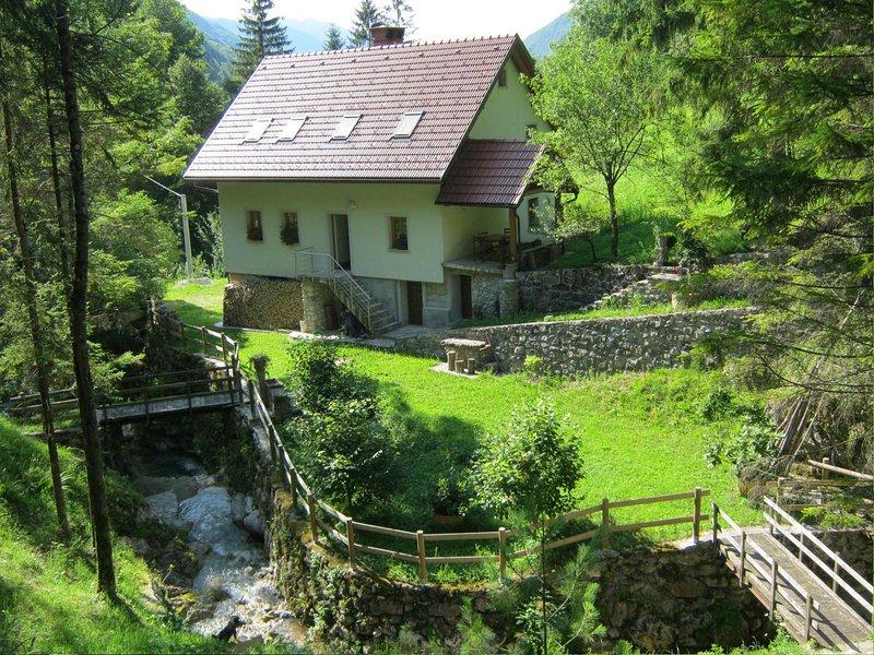 Pocitniska hisa ob Hotenjki, casa vacanza a Crni Vrh