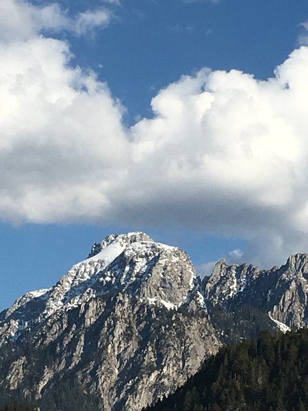 The 2047 m high Säuling - Füssens Mountain - is just 4 km from our house.