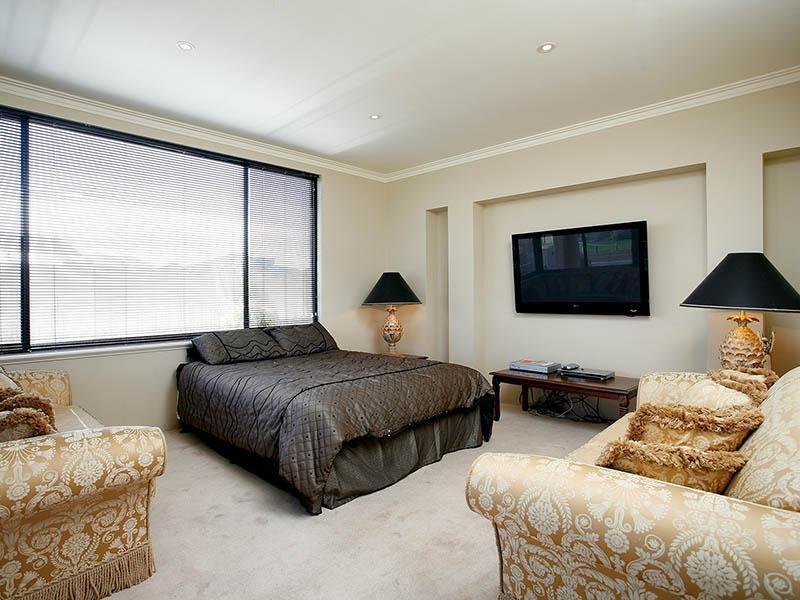 Great Room / Chambre 6 surplombe l'océan