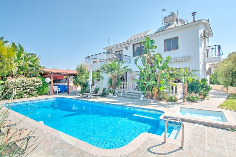 Villa Kyriakos and Pool
