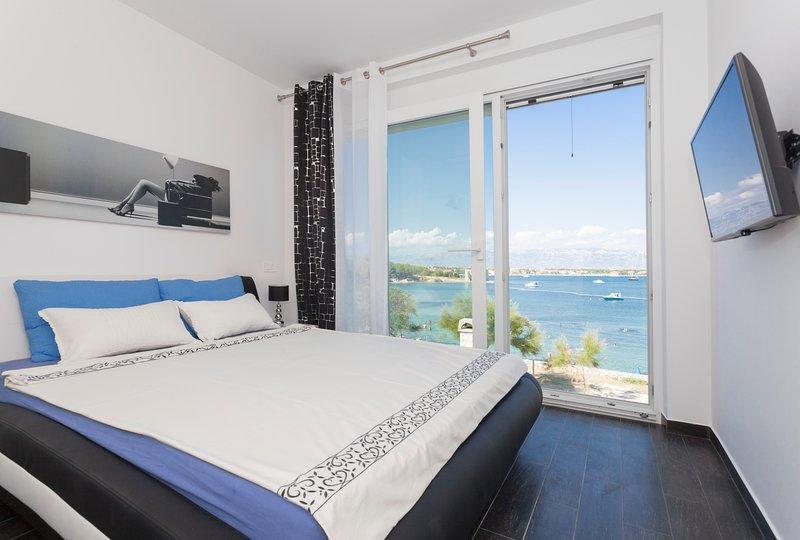 Apartment TONI II, 3*, mit Meeresblick, location de vacances à Vir