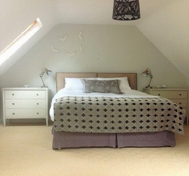 Spacious bright bedroom with ensuite on top floor. Super-king bed with quality bedlinen.