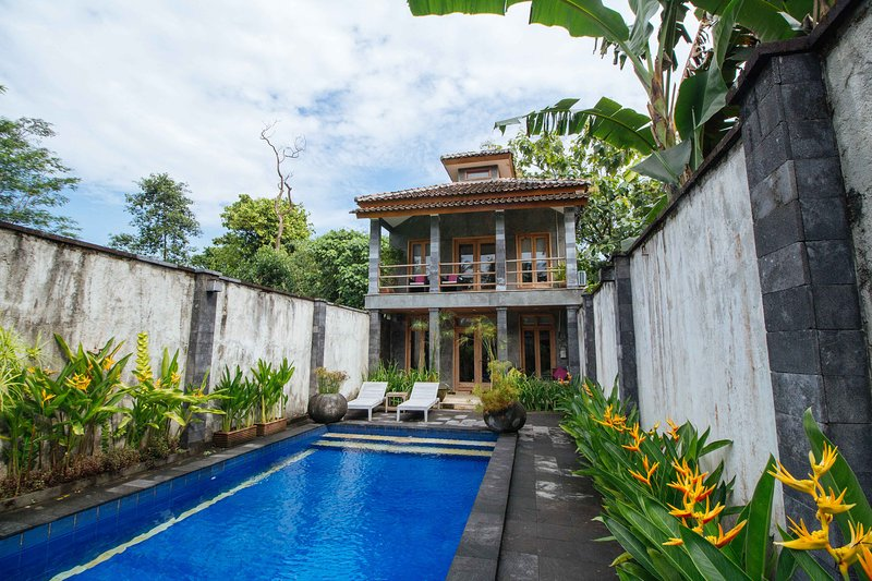 apriliasVILLA, holiday rental in Pakem