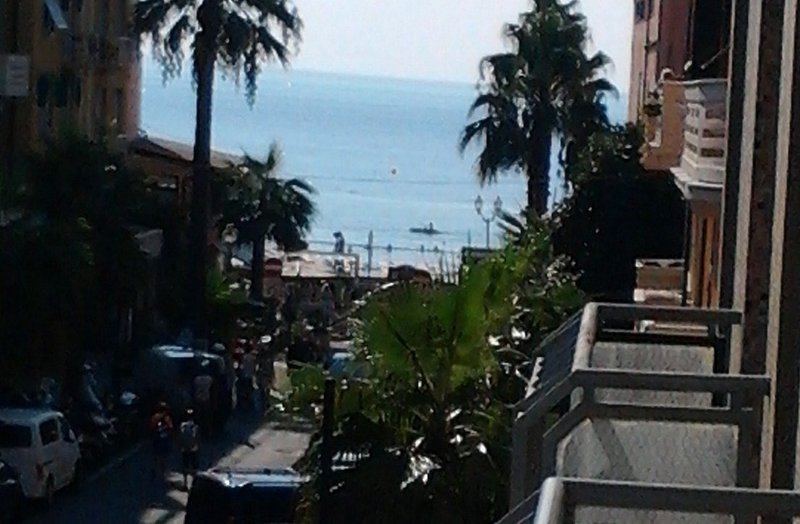 vicino alle spiagge, aluguéis de temporada em Alassio