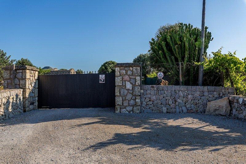 Entrance gate.