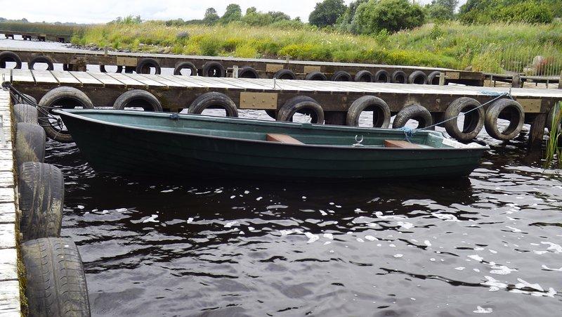 Unser Boot am Steg vertäut