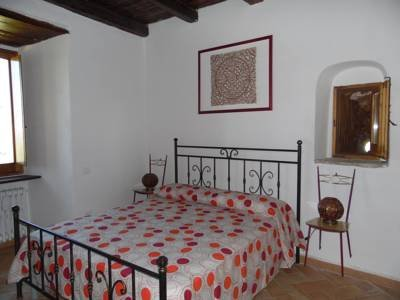 B&B CASTELLO GIRASOLE APPARTAMENTO RED, vacation rental in San Giacomo