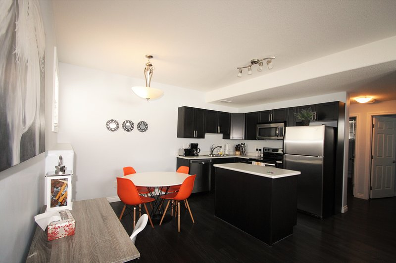 Kitchen/Dinning – Open layout provides wonderful flow and promotes communal mealtime.