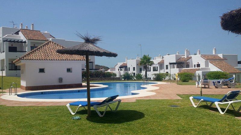 Penthouse in Alcaidesa Suites Golf - Gibraltar, aluguéis de temporada em Palmones