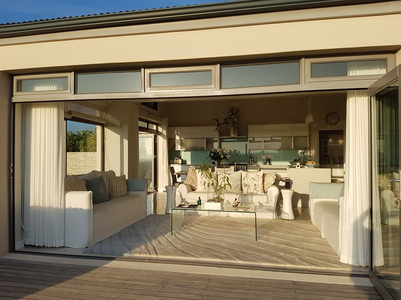 Aloe House -  Cape Town South Africa, holiday rental in Fish Hoek