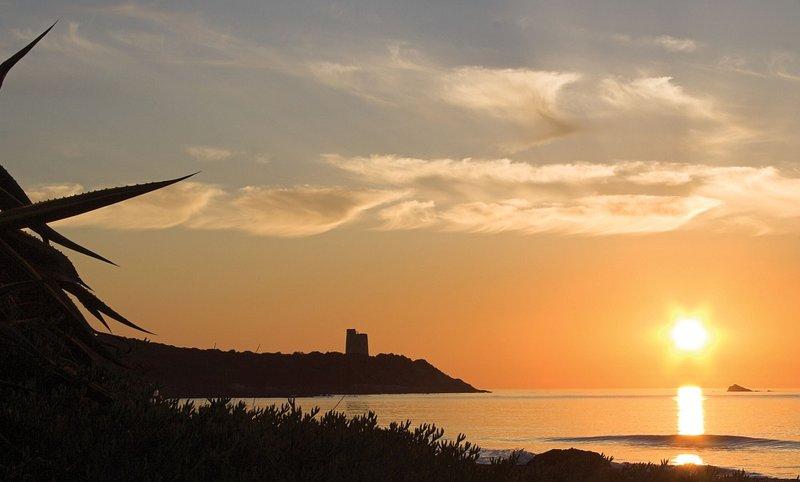 Marina di Tertenia - Sunset na praia Foxi Murdegu