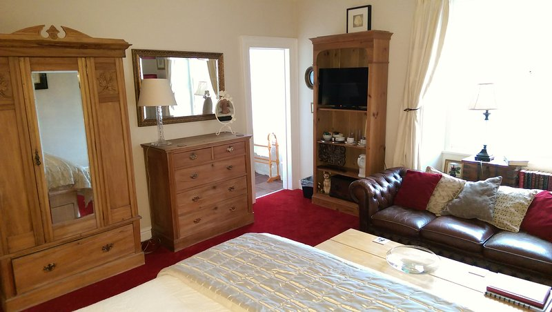 The Globe Inn - SUPERIOR DOUBLE, holiday rental in Newton Abbot
