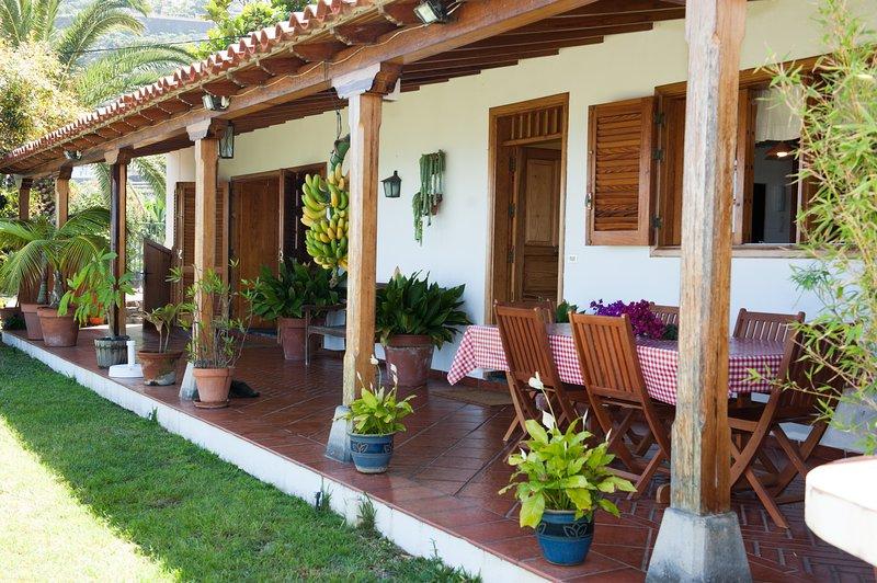 Casa acogedora en finca de plátanos-Vistas al mar, vacation rental in La Orotava
