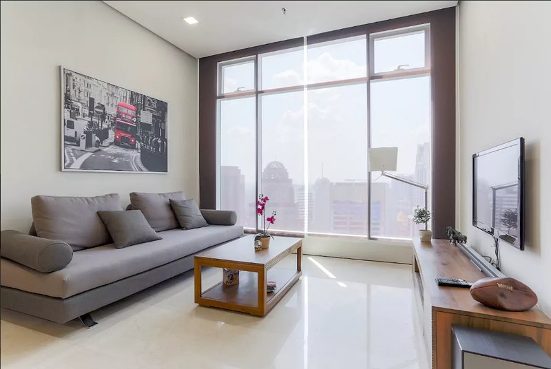 Beautiful Fully Furnished Apartment in KLCC Has Internet ...
