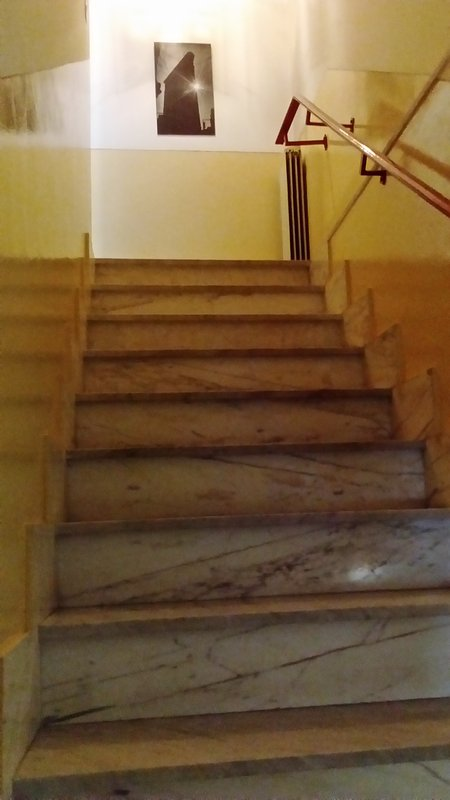 Erster Stock Zugangstreppe Treppe zum ersten Stock