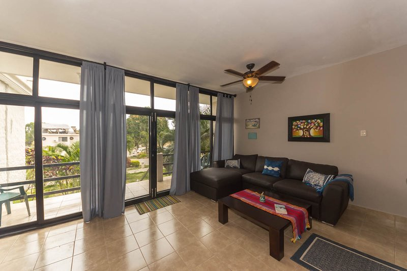 Amazing Ocean View Townhome with roof, holiday rental in Crucita