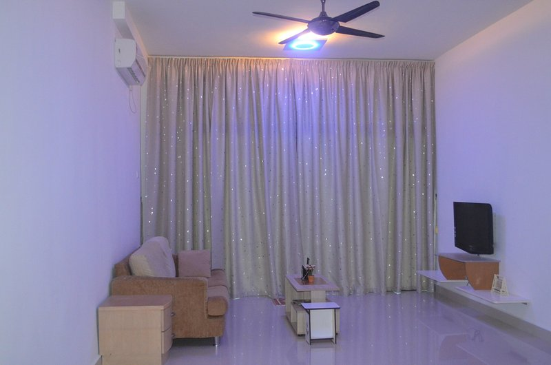 Simple , New and Modern homestay  near Johor Bahru .