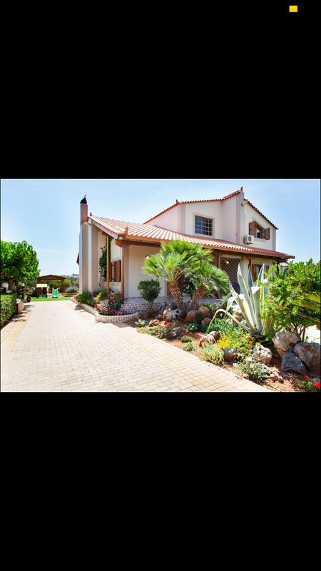 Villa Elēa: seaside country house, holiday rental in Analipsi