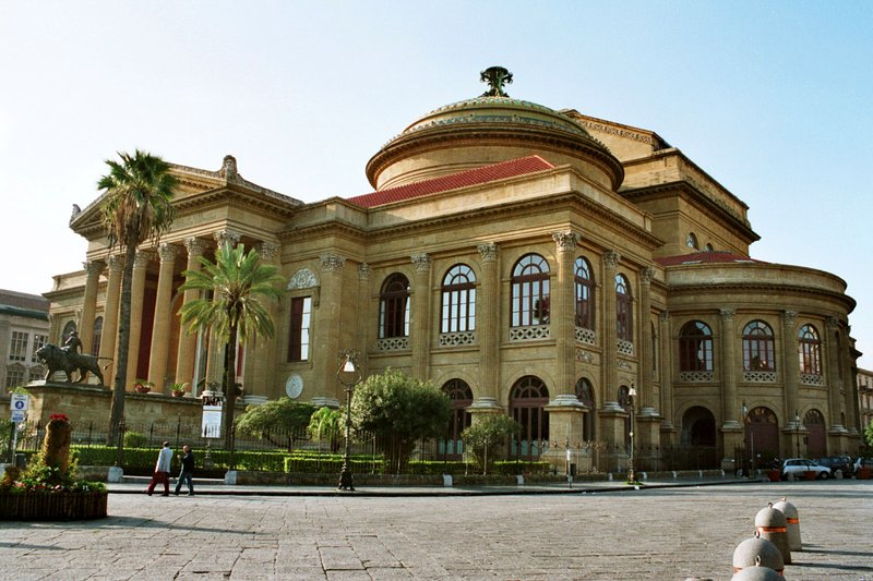Palermo's Teatro Massimo is just 15 minutes walk from the attic San Matteo