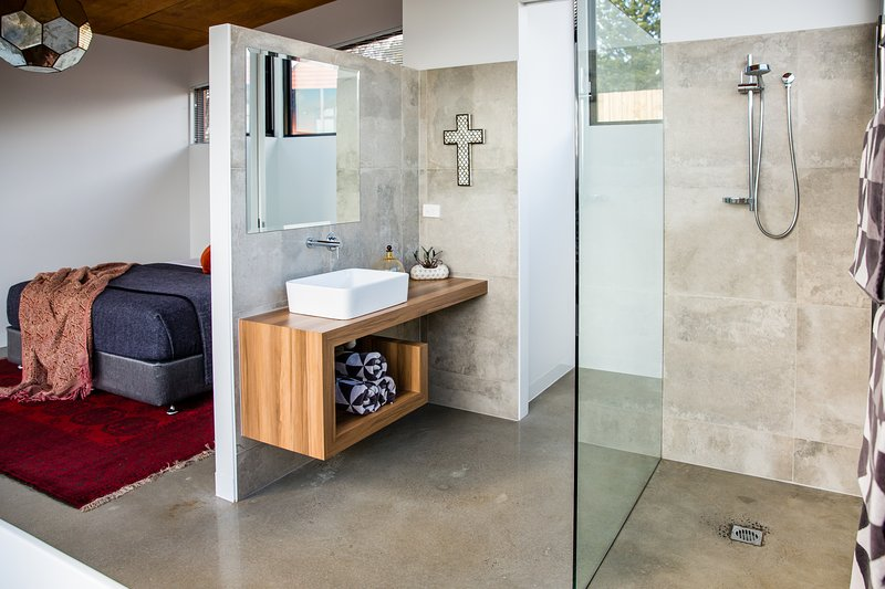 love this tri-look bed and bath combo