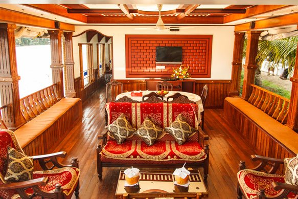 Genesis Houseboats, holiday rental in Alappuzha