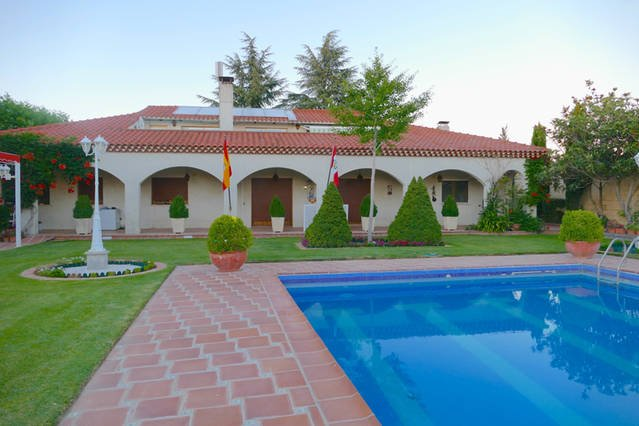 Villamercedes, a paradise in SALAMANCA (Spain)., holiday rental in Fuentesauco