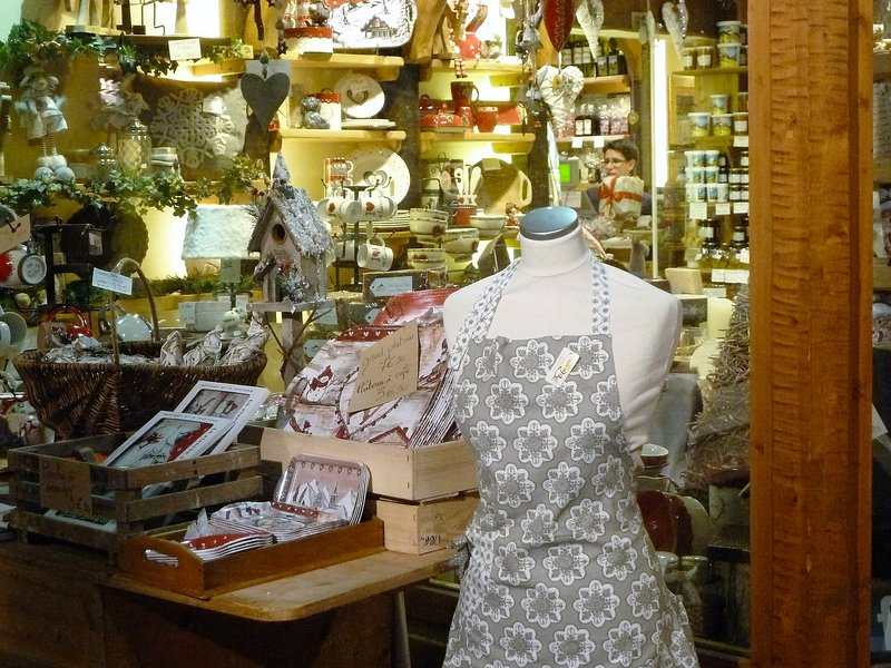 Les Carroz boutique de cadeaux