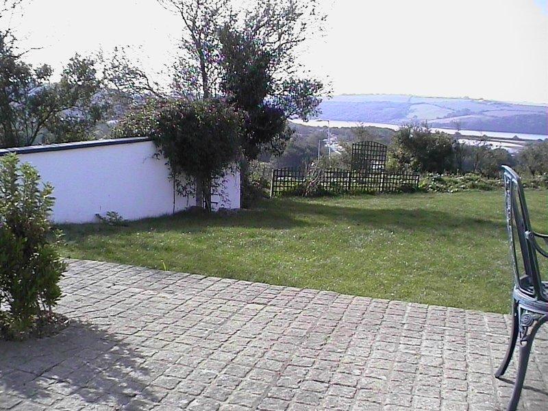 Der hintere Garten und Terrasse