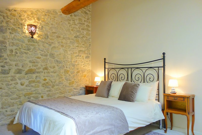 Some rooms have exposed stone walls & vaulted ceilings. This is kingsize with en-suite full bathroom