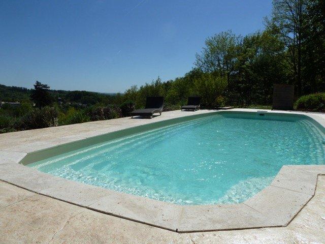 Prive zwembad 11 x 4 meter