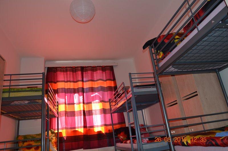 Hostel Sindibad 6xBed Dormitory Privat Room B, vacation rental in Kladno