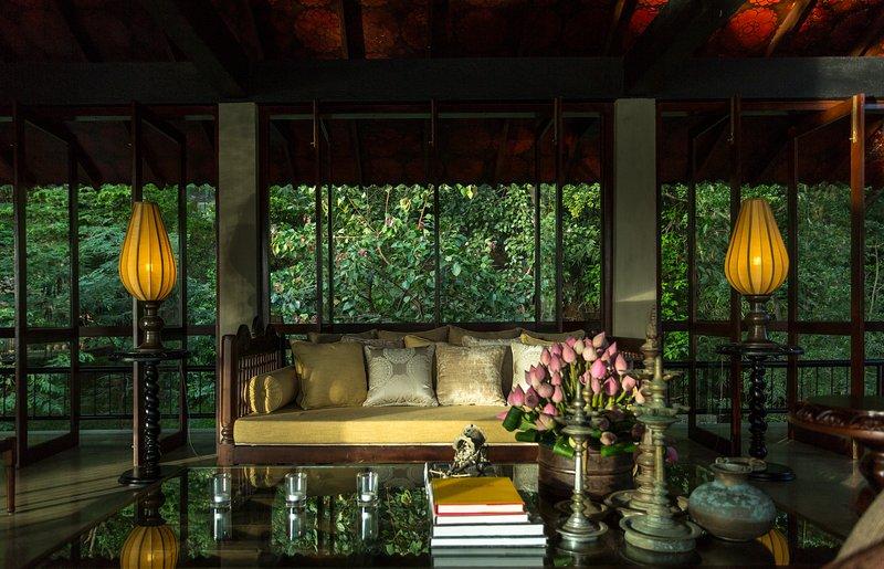 The Hermitage - Luxury Villa Getaway, holiday rental in Mahiyanganaya