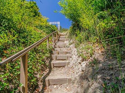 Roskamp, stairs to dock