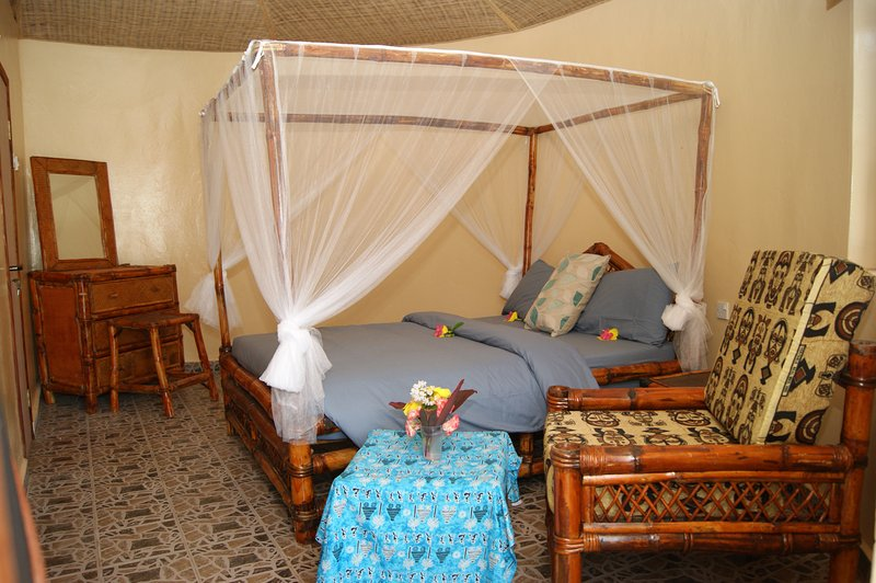 MANGO VILLAGE  ' A UNIQUE  GARDEN OF EDEN '  LOCATION UNDER GAMBIAN SKIES>   ', vacation rental in Bijilo
