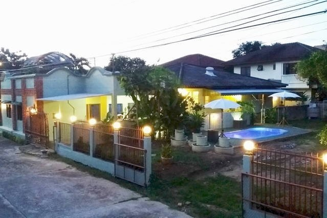 Pay for a Room, Get a Whole Apartment — (Apt#1), holiday rental in Mae Rim