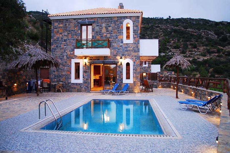 Villa Rafaela, holiday rental in Prina