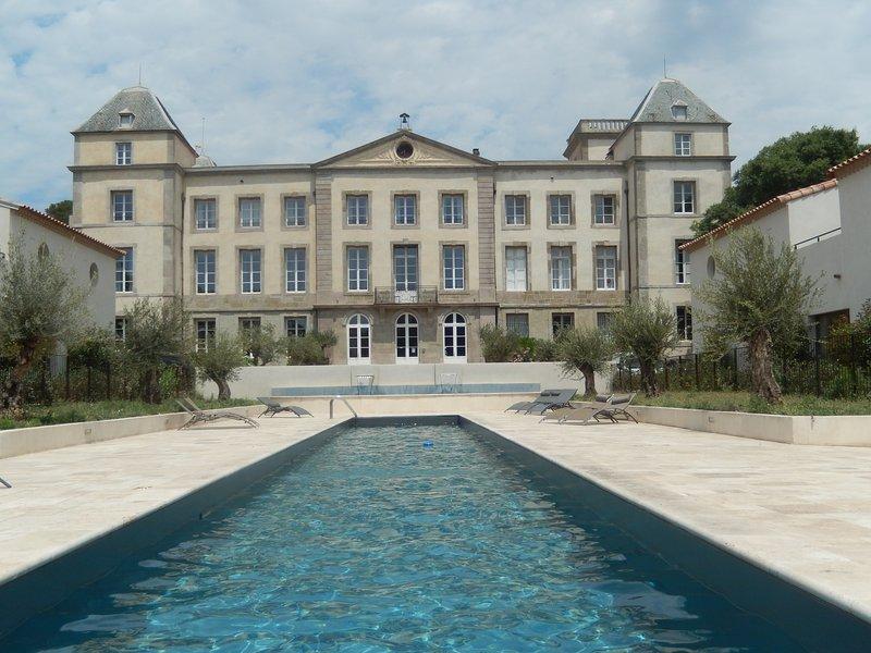 Villa Les Lauriers, dal campo