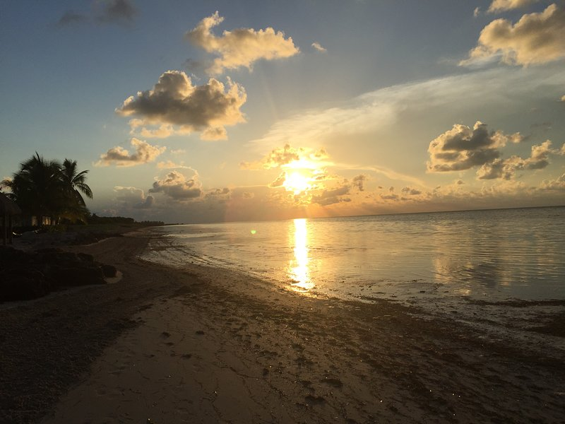 Sunrise on Coco Plum beach