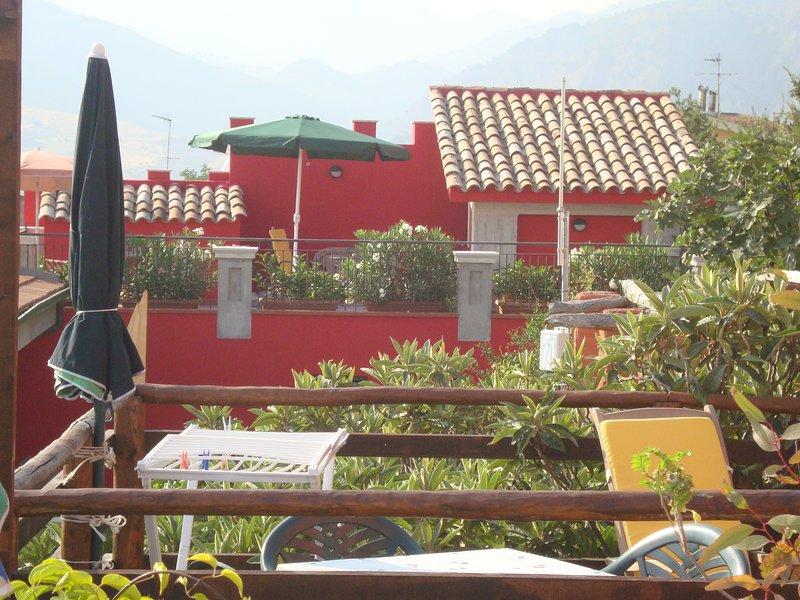 CASTELLO ROSSO, vacation rental in Rodi' Milici