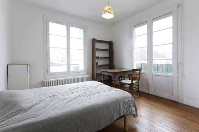9m2 Zimmer mit Balkon