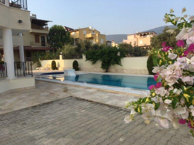 Belle villa de luxe avec piscine privée sur le Aegean- turc complètement privé et tranquille.