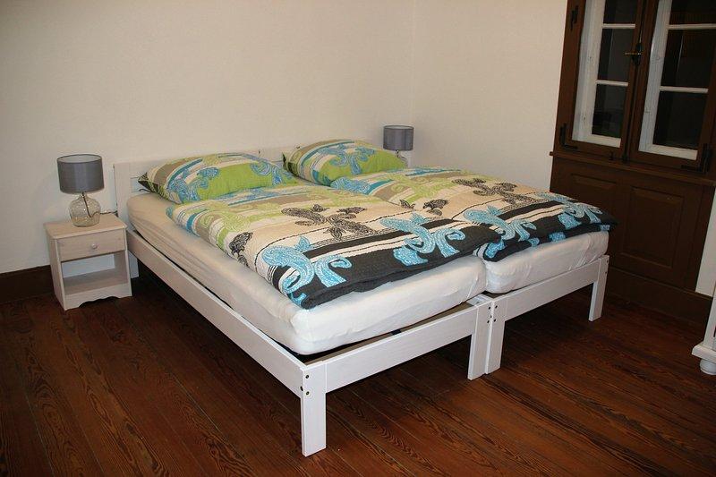 Sovrum :, enda garderob, väckarklocka, TV sängar eller dubbel justerbar