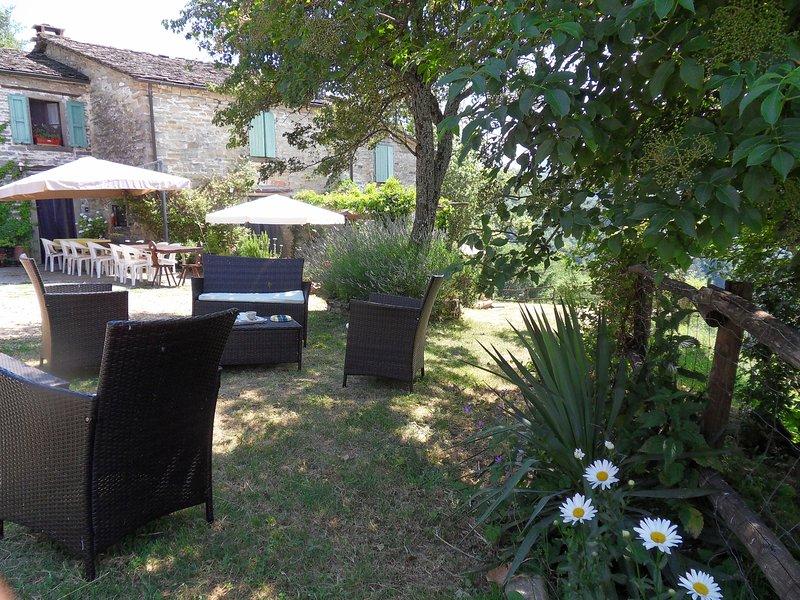 Appartamento 'FAGGIOLA' al B&B Ca'Scheta, holiday rental in Palazzuolo Sul Senio