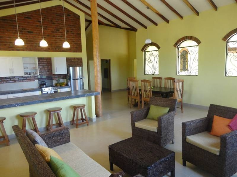 New house, open concept 150 m from the beach, holiday rental in Jiquilillo
