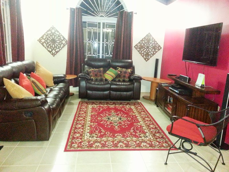 Experience Jamaica Like a Native!, holiday rental in Unity