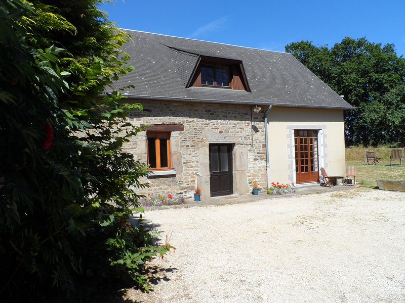 Husson gite, La Buneliere, holiday rental in Romagny