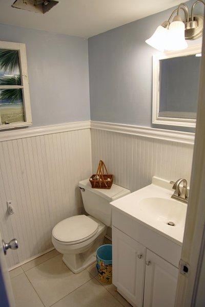 Guest bedroom 1 half bathroom