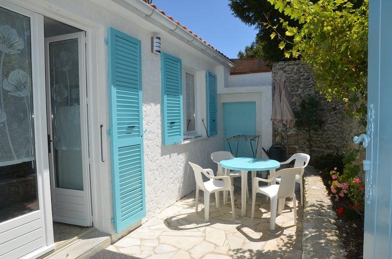 Maisonnette avec cour Monmusson, holiday rental in Saint-Trojan-les-Bains
