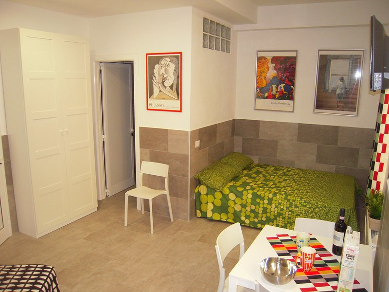 monolocale in centro storico, holiday rental in Monte San Pietro