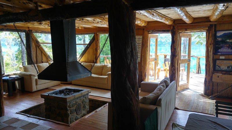 Espolon Lodge, Futaleufu, Patagonia, Chile, vacation rental in Futaleufu